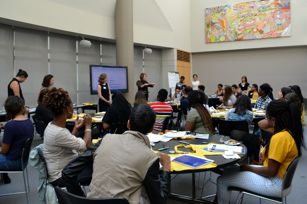 Futures Initiative Director Cathy Davidson welcomes the FI Mentors after the BINGO kick-off.