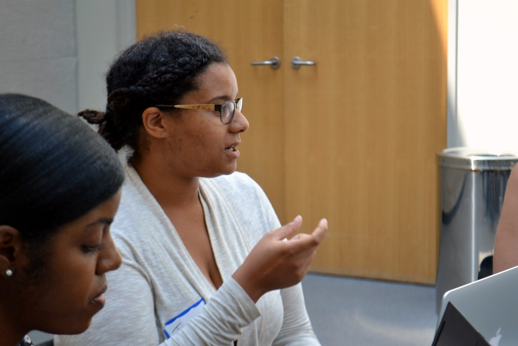 Jade Davis, Associate Director of Digital Learning Projects at LaGuardia Community College, weighs in on the discussion.